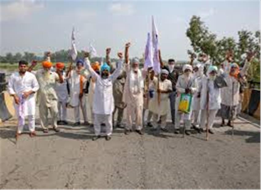 यूपी पंजाब विधानसभा चुनावों से पहले गांवों-कस्बों में गोलबंद हो रहे किसान