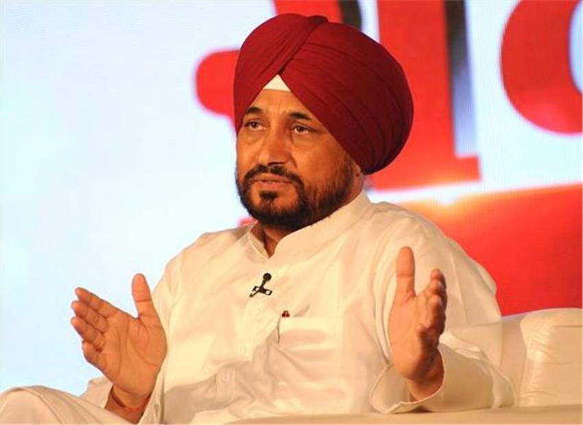 दलित चेहरा चरणजीत सिंह चन्नी पंजाब के नये मुख्यमंत्री