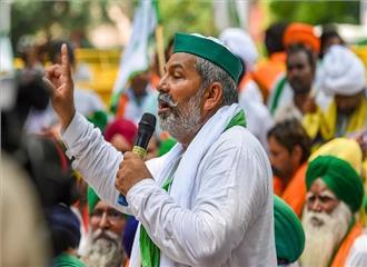 किसान नेता से ज्यादा सियासी दल के मुखिया की तरह दहाड़े राकेश टिकैत