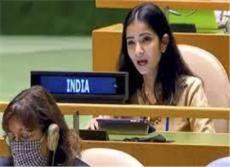 संयुक्त राष्ट्र महासभा में भारतीय बेटी ने की इमरान खान की बोलती बंद